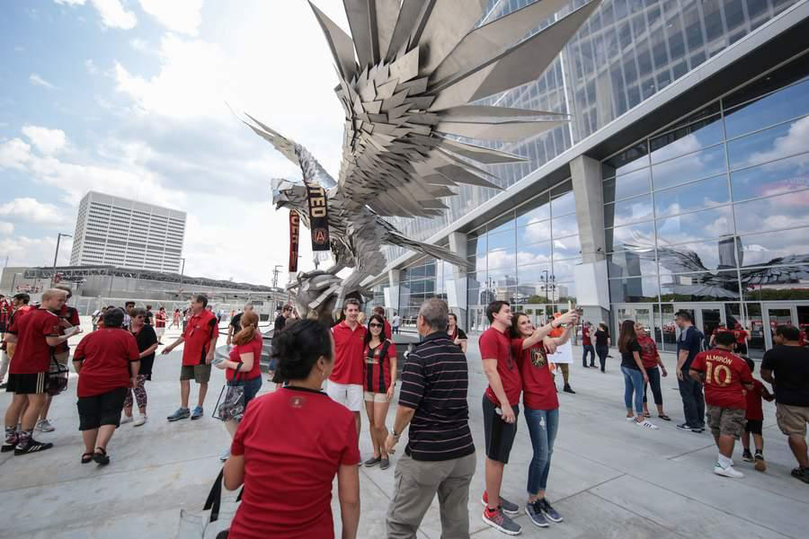 Art in public places the The Atlanta Falcon by Gábor Miklós Sz?ke has the power to increase property values and attract visitors to a location.