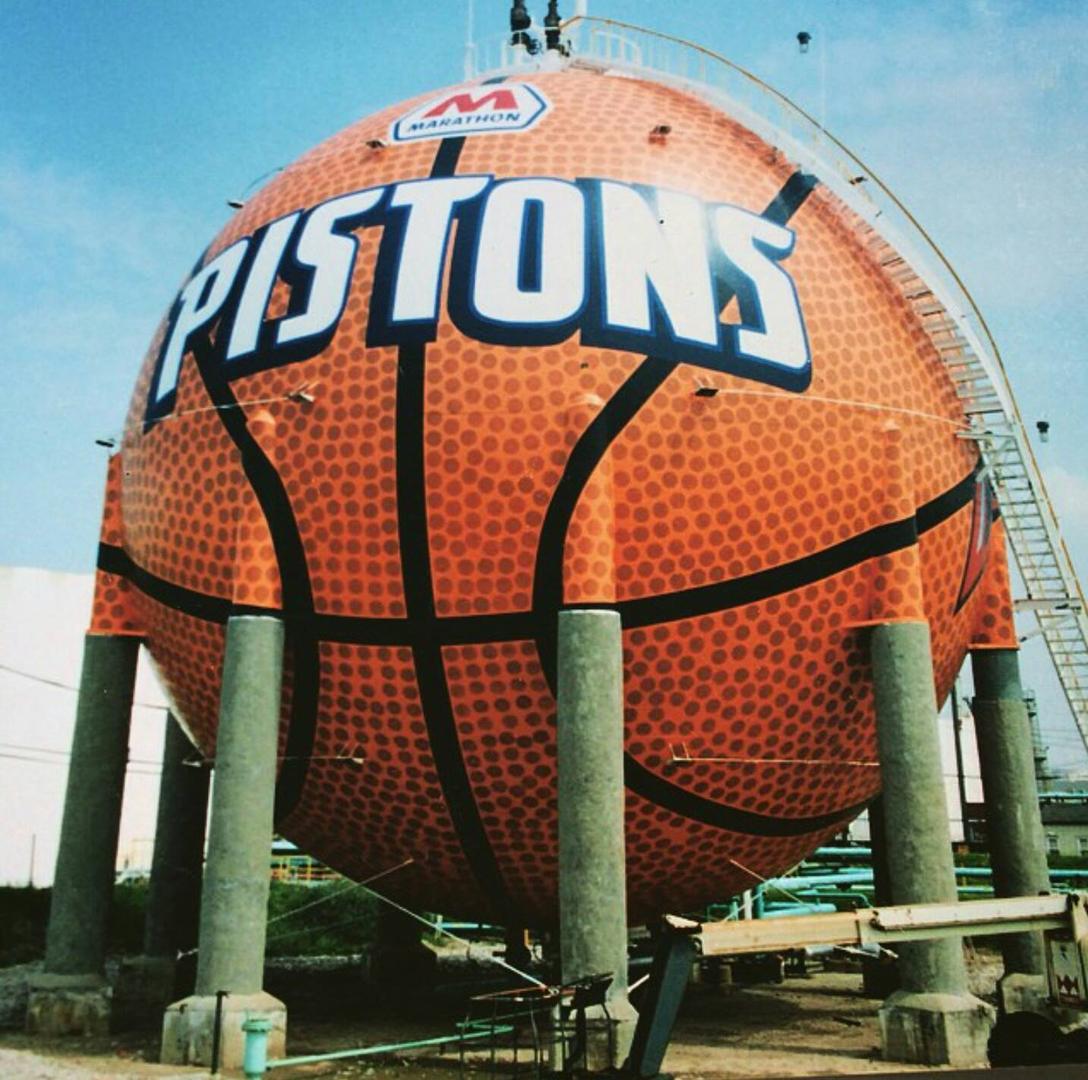 Eric Henn Pistons Shock Basketball Gas Tank Mural