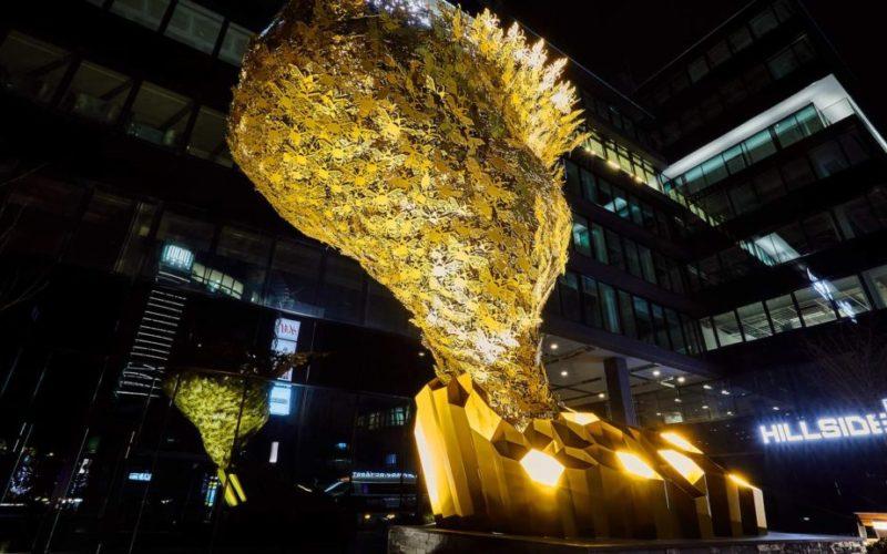 Public Nature Sculpture Bees Gabor Szoke